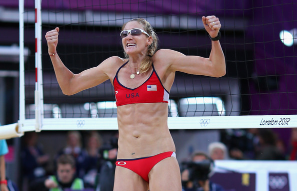 Histiria Half Naked Beach Volleyball Women At The -2209
